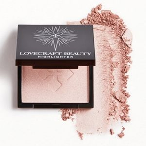 LOVECRAFT BEAUTY Highlighter in Aurora NWT